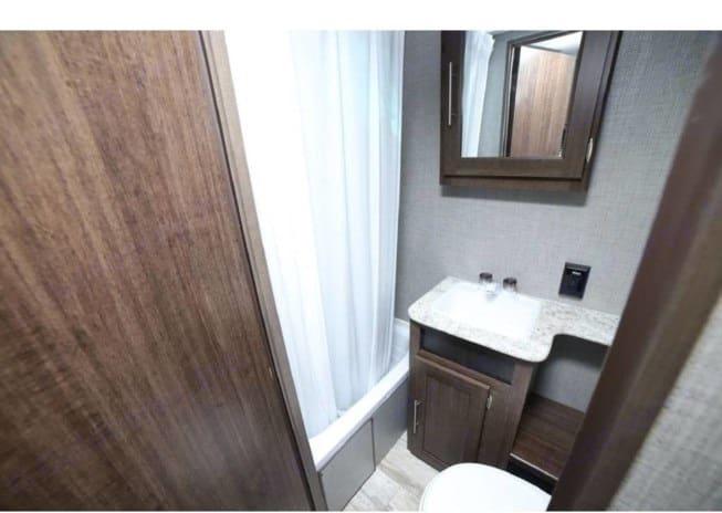 Bath and Toilet. Crossroads Zinger 2019