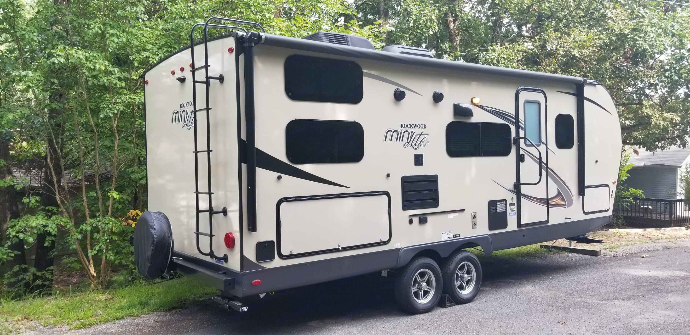 Small, easy to tow! Feels much bigger than it looks with slide out and murphy bed. . Forest River Rockwood Mini Lite 2019