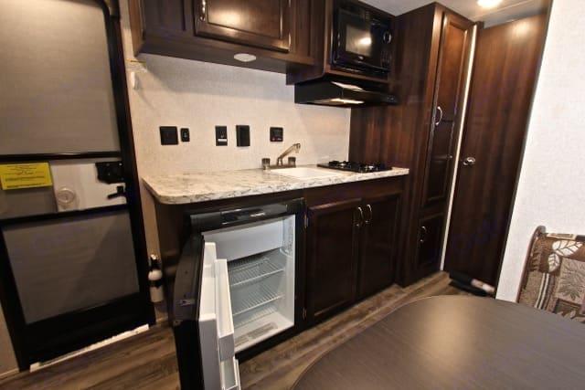 Great kitchen. Jayco Jay Flight 2018