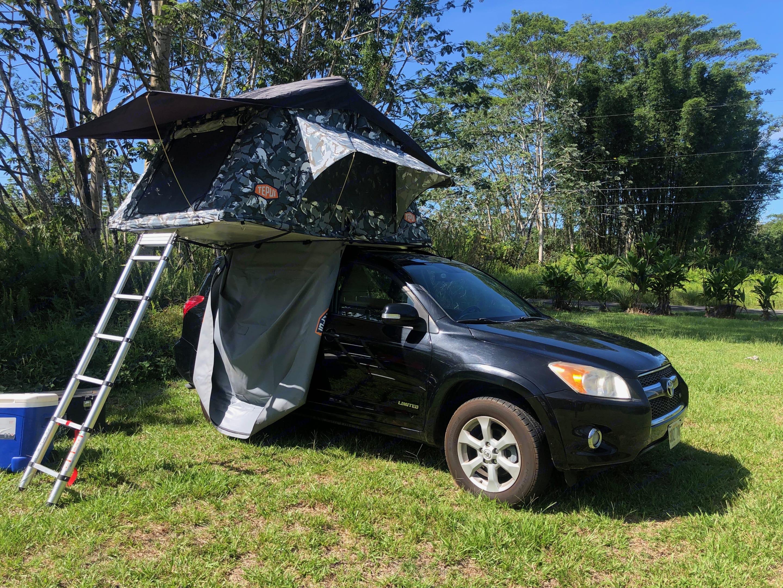 Room for 3!. Toyota Rav4 2011