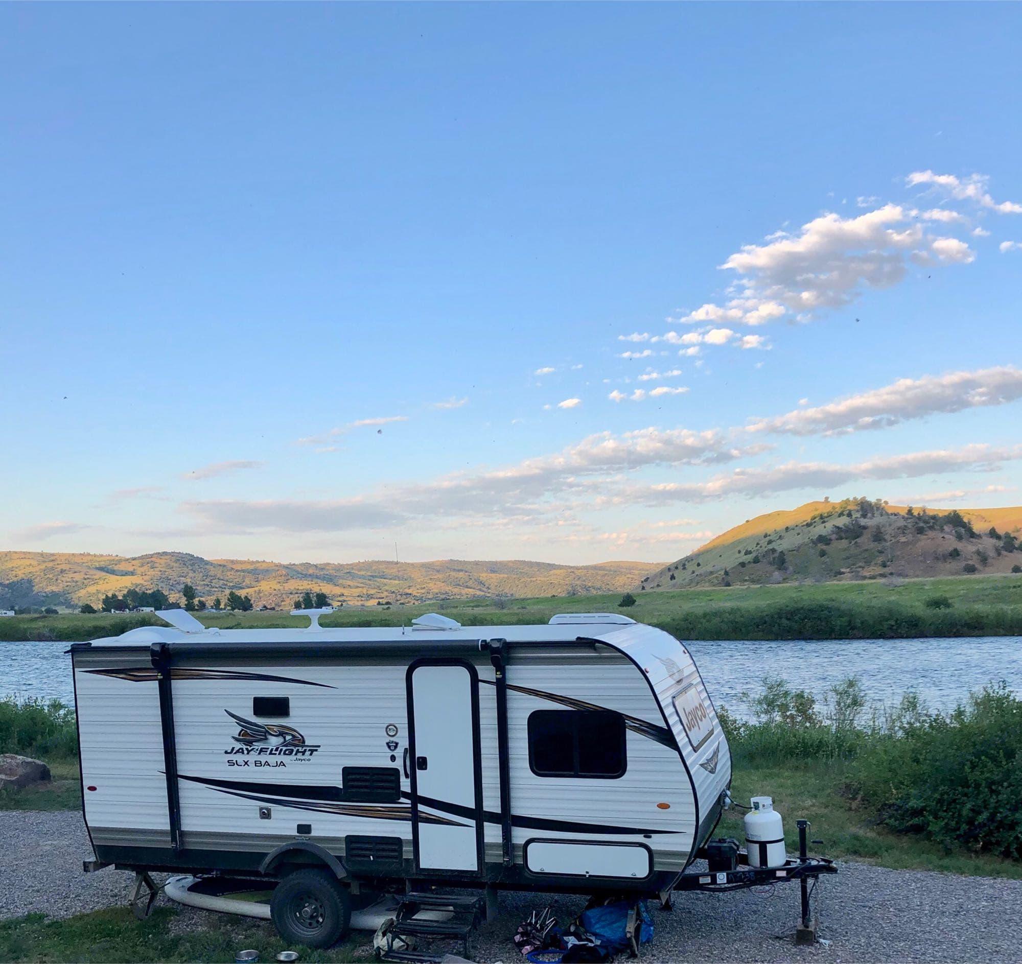 Camping on the Madison River. Jayco Baja 2020
