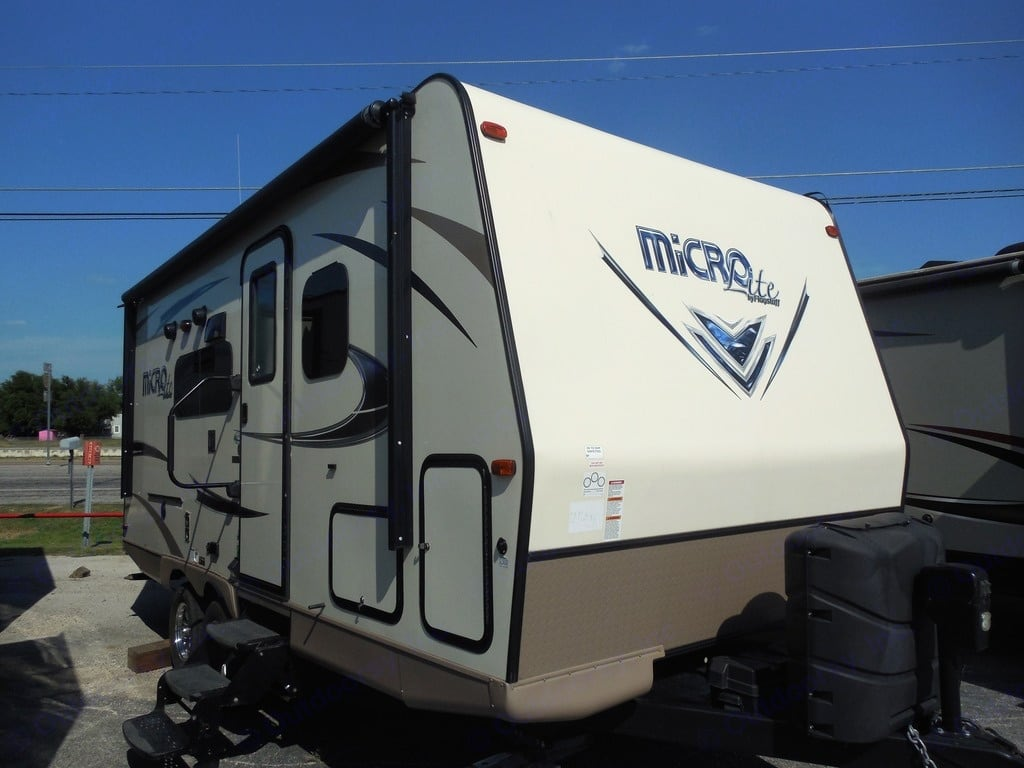 Forest River Flagstaff Micro Lite 2017