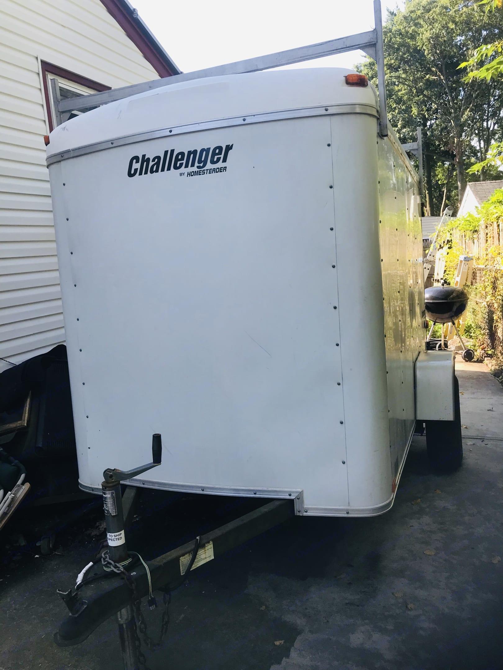 Front. Homesteader Challenger 2006