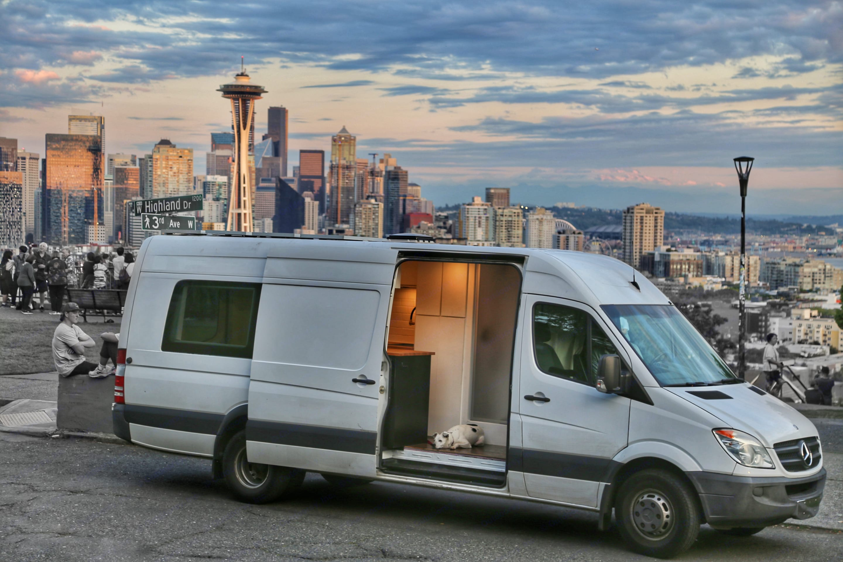 Great for urban stealth camping.... Mercedes-Benz Sprinter 2011