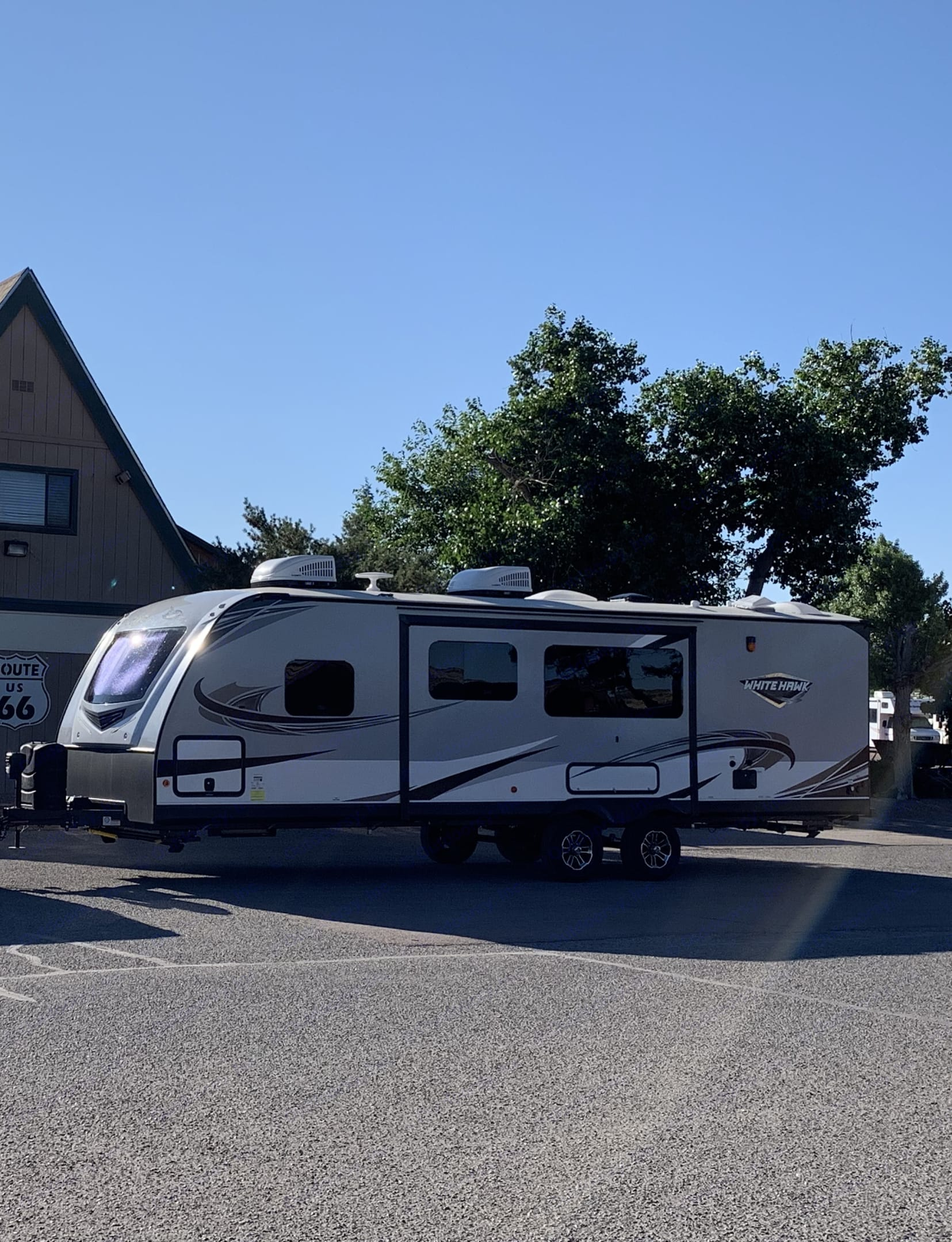 This beauty is perfect for a family getaway!!. Jayco White Hawk 2019