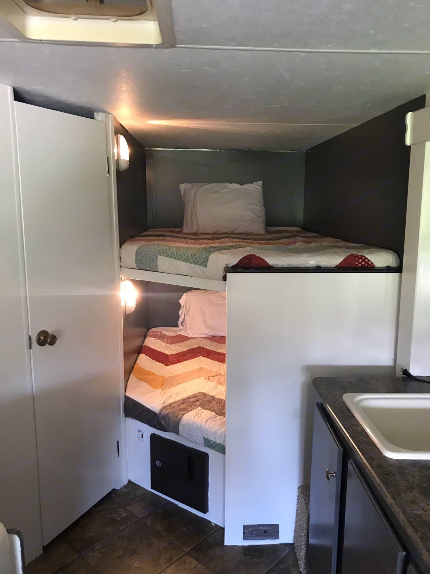 3/4 Full bunks. K-Z Manufacturing Spree 2013