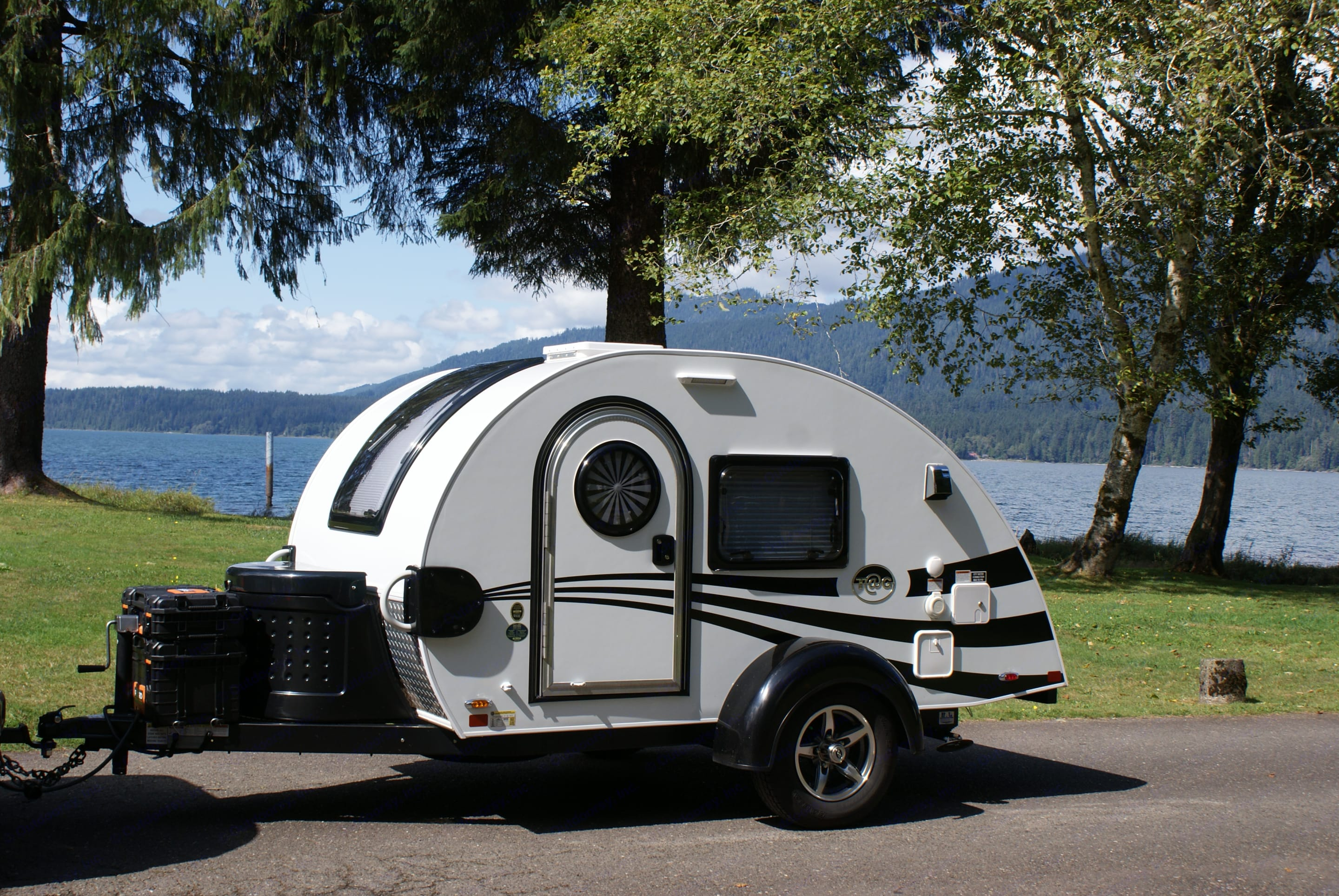 Ollie's lakeside retreat! . Nucamp T@G 2018