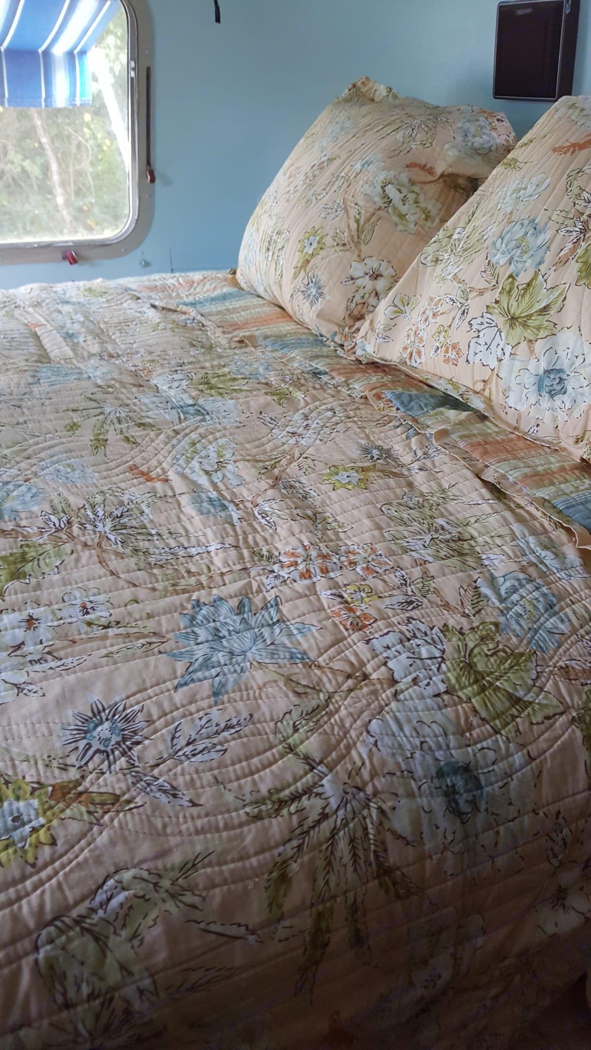 Comfort queen memory foam mattress In  bedroom . Airstream Excella 1987