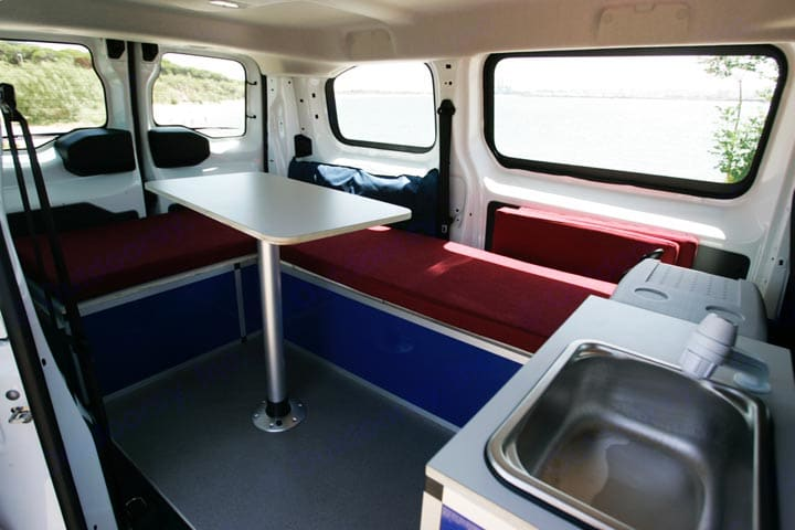 Interior salón Puzzle Camper M. Ford Transit 2020