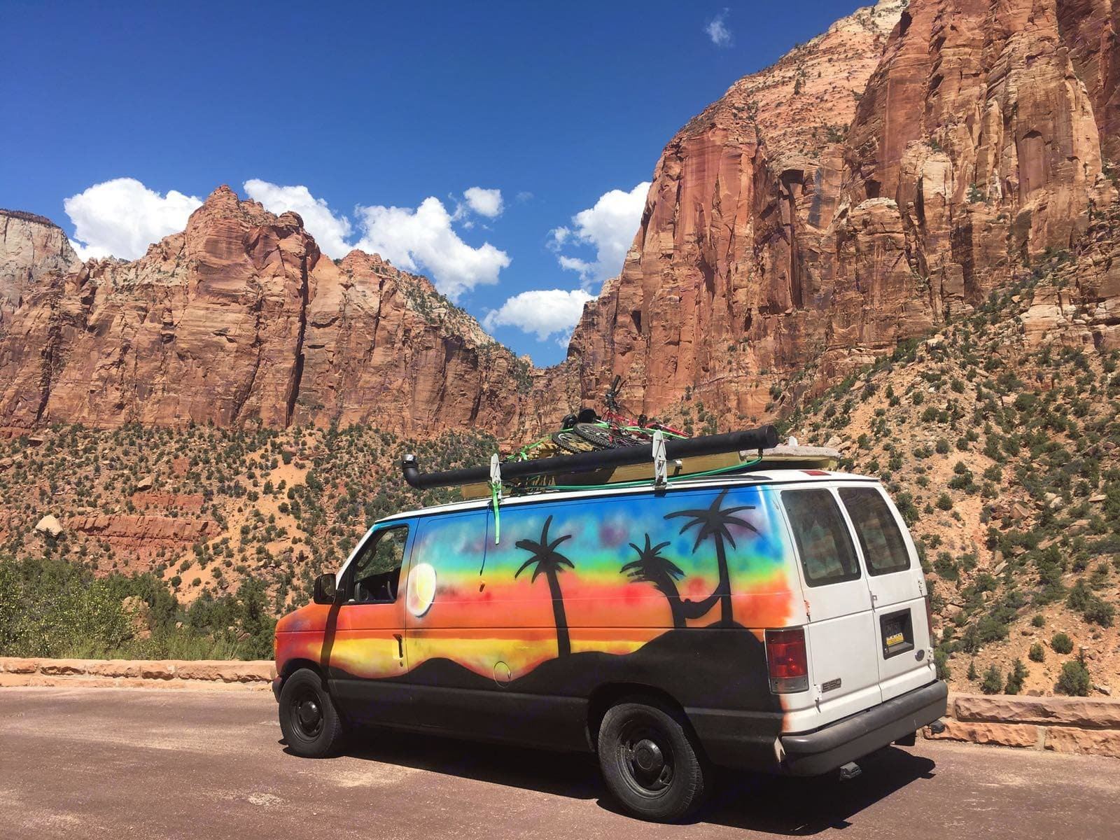 Check out Zion! Store your bikes on the roof.. Ford Econoline 150 2006