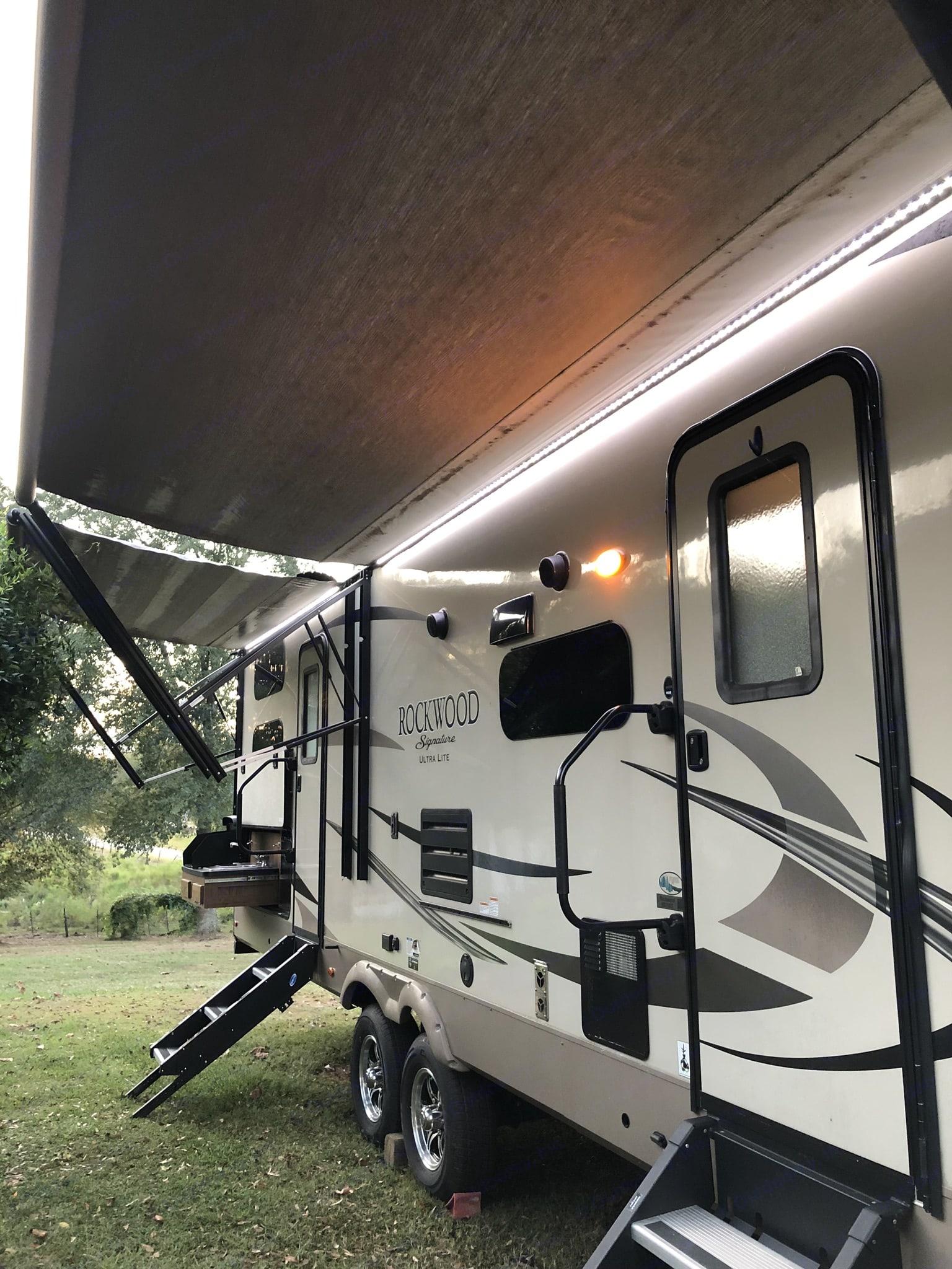 Forest River Rockwood Ultra Lite 2018