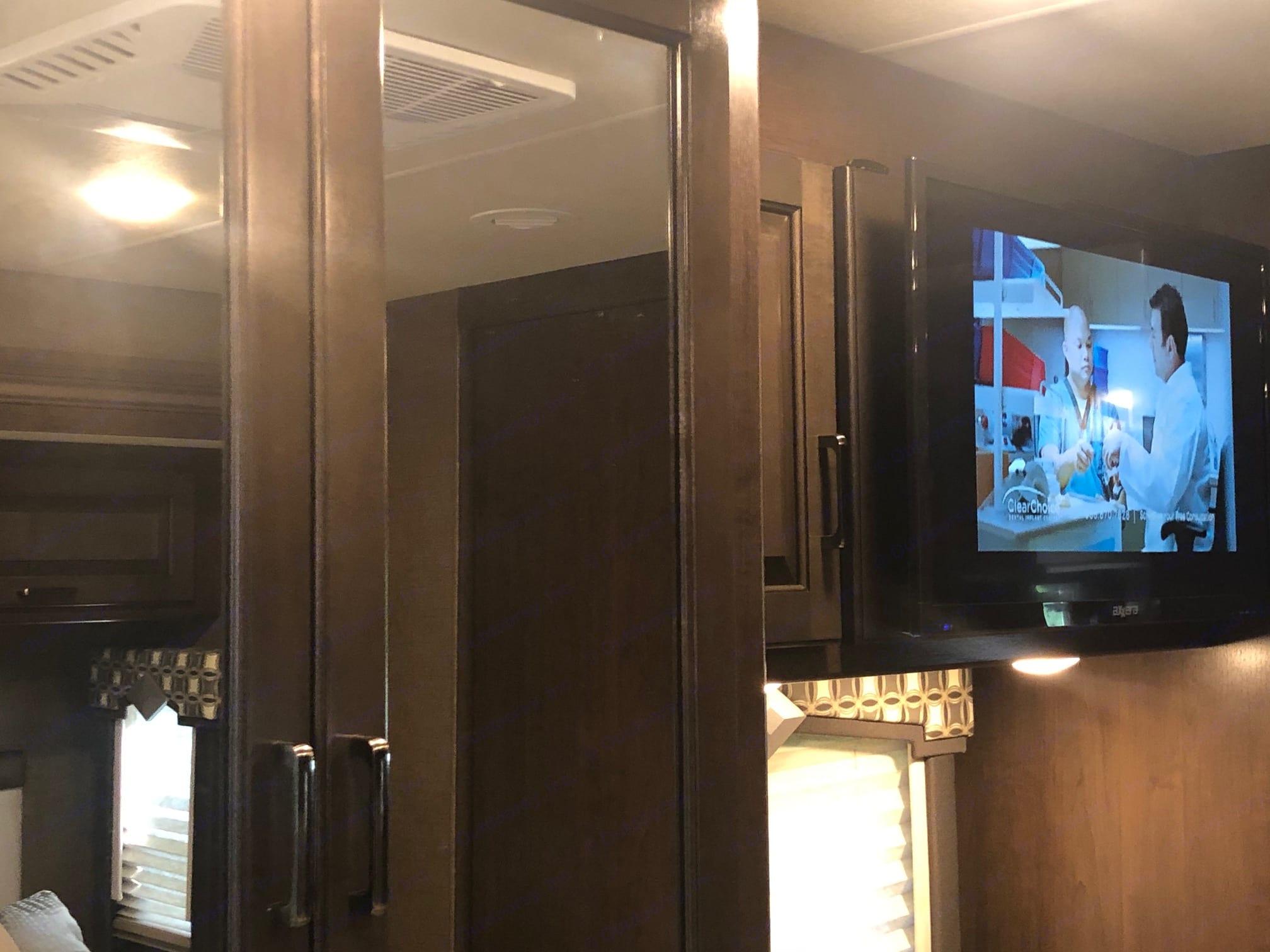 "32"" TV in Master Bedroom. Thor Motor Coach Hurricane 2019"