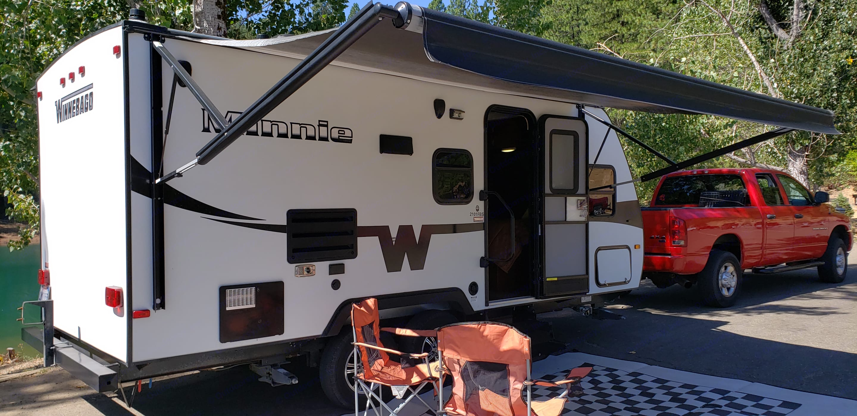 Electric awning for shade. Winnebago Minnie 2015
