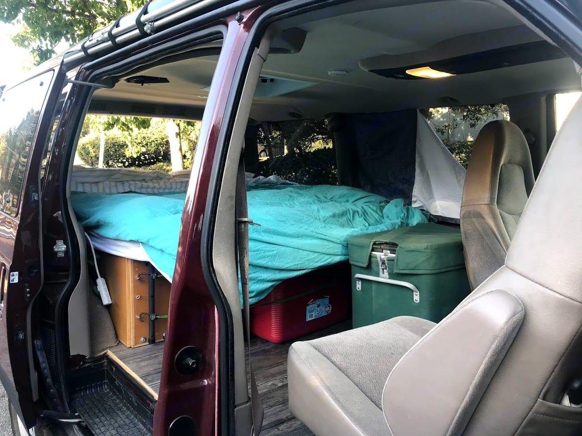 Passenger Swivel Seat - Makes for a great living room feel!. Chevrolet Astro 2004