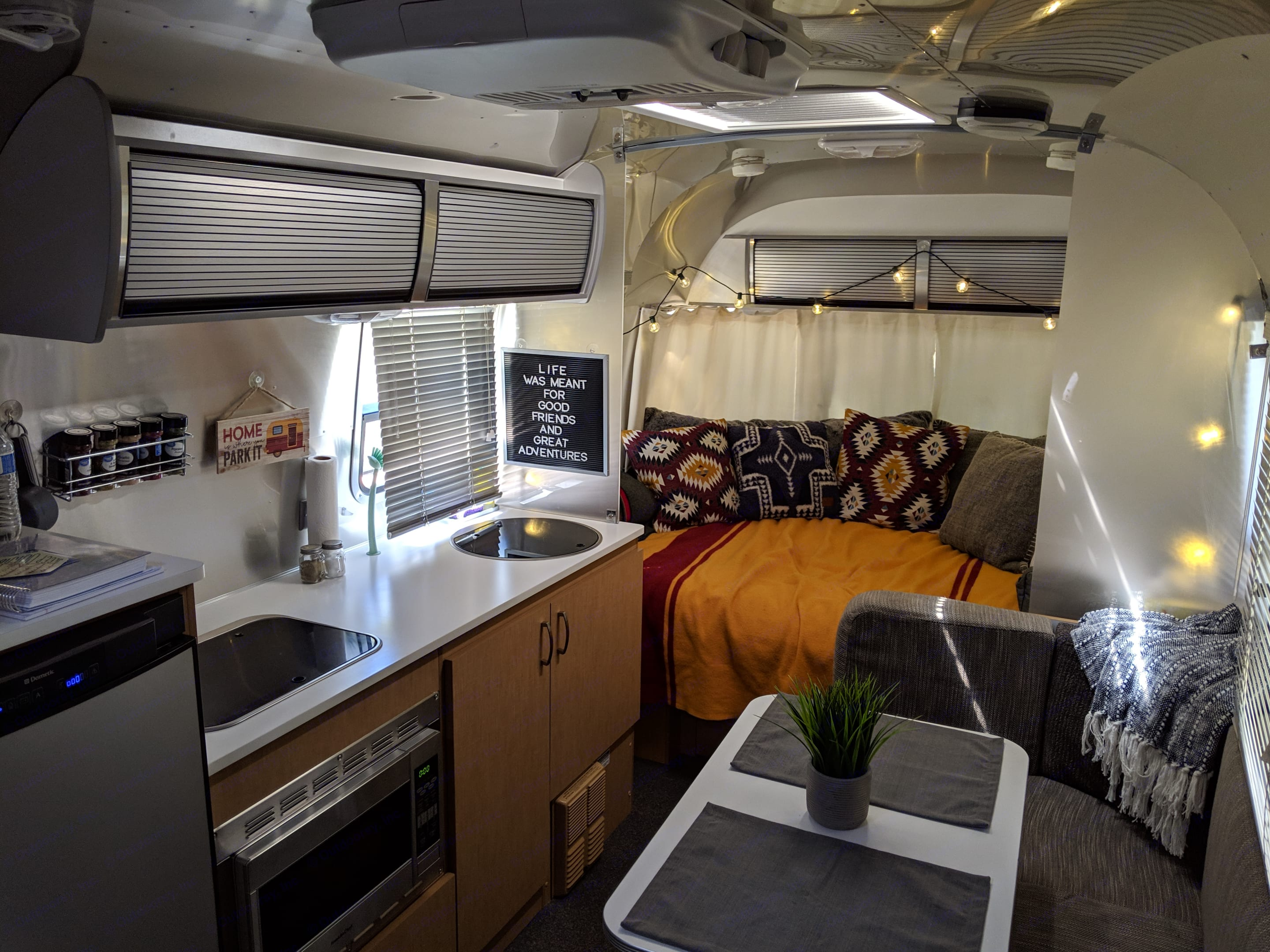 The perfect camper for a couple or small family.. Airstream Sport 2014