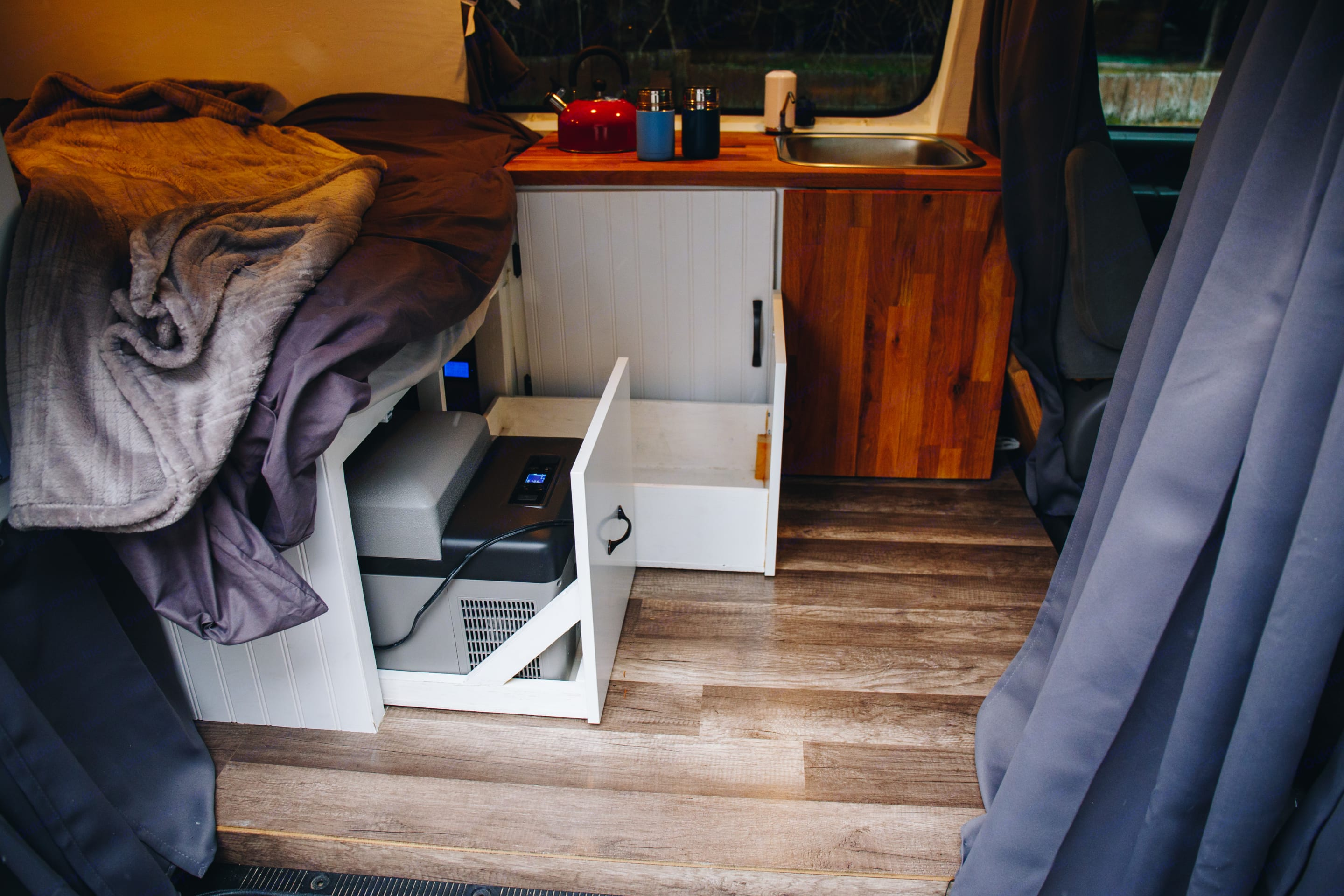 fridge and pantry storage slides from under the bed. Ford Econoline 150 2000