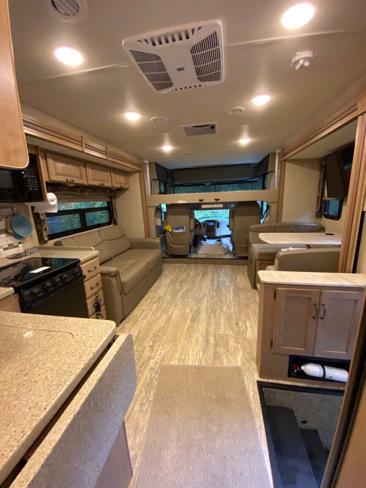 The interior is huge, with the two opposed slides out.. Thor Motor Coach Hurricane 2018