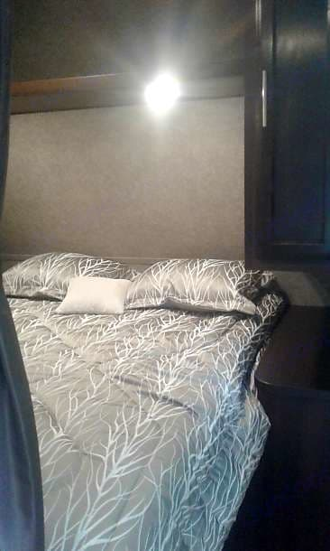 Queen bedroom with all linens included. . Jayco Jay Flight 2020