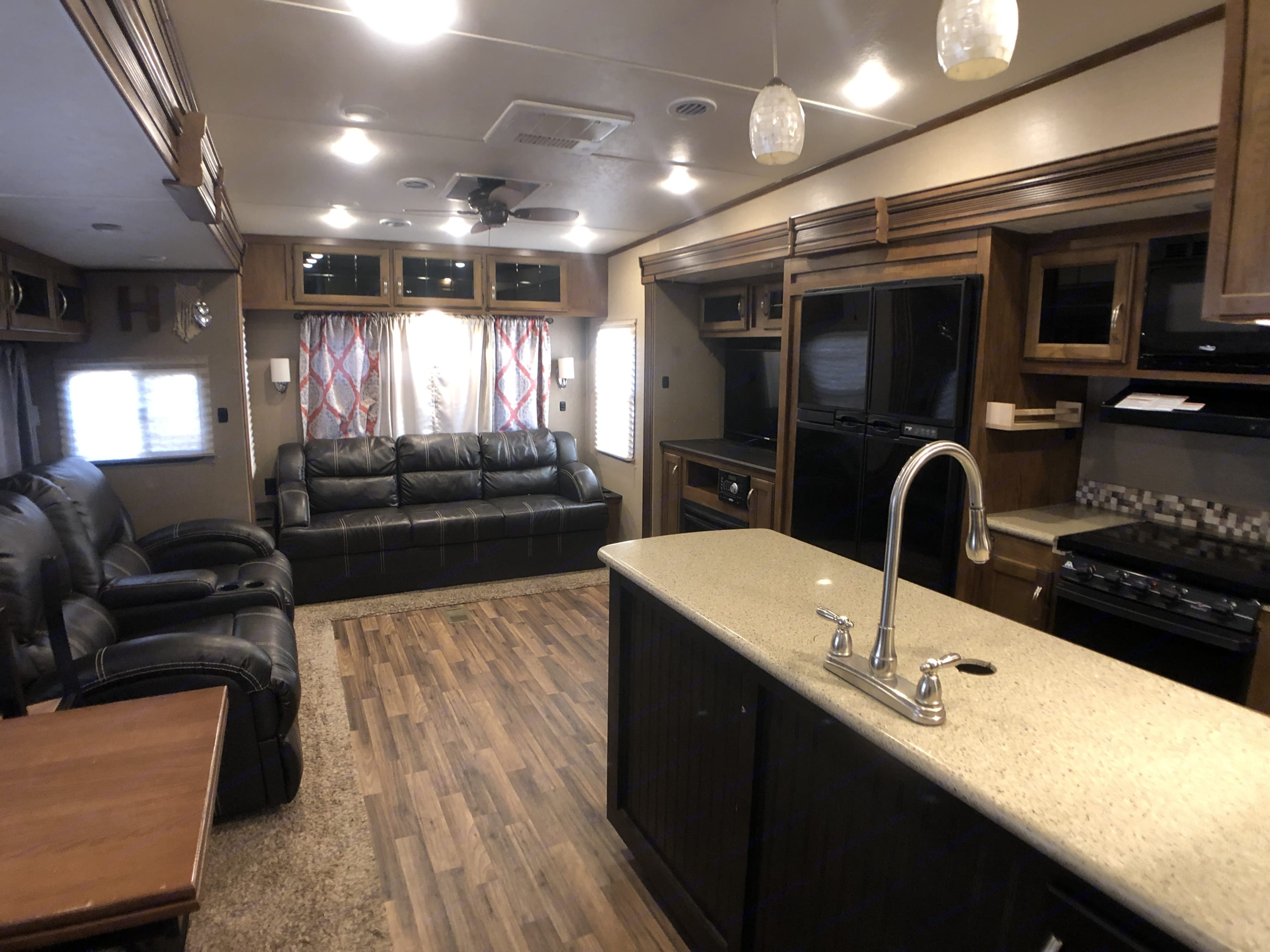 Rear living with opposing slides for maximum space!. Coachmen Chaparral 2017