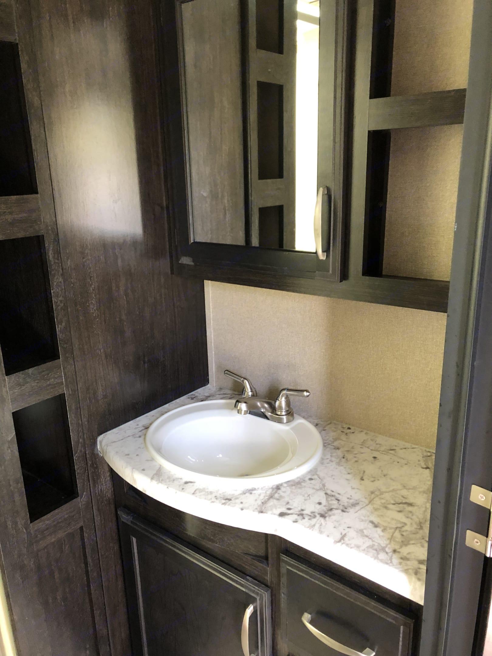 Bathroom. Grand Design Other 2018