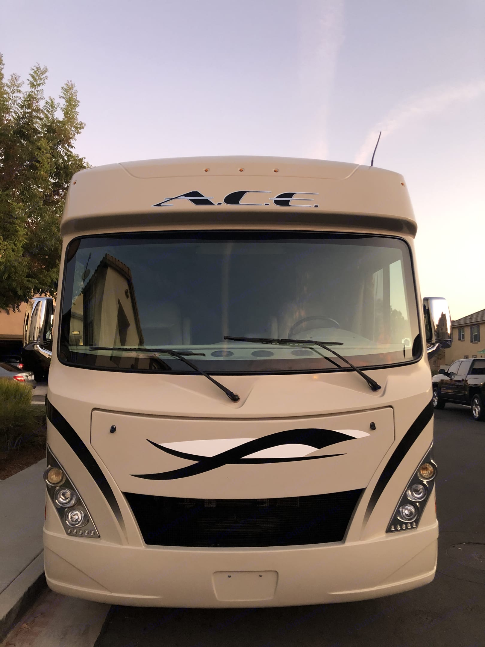 Thor Motor Coach A.C.E 2017