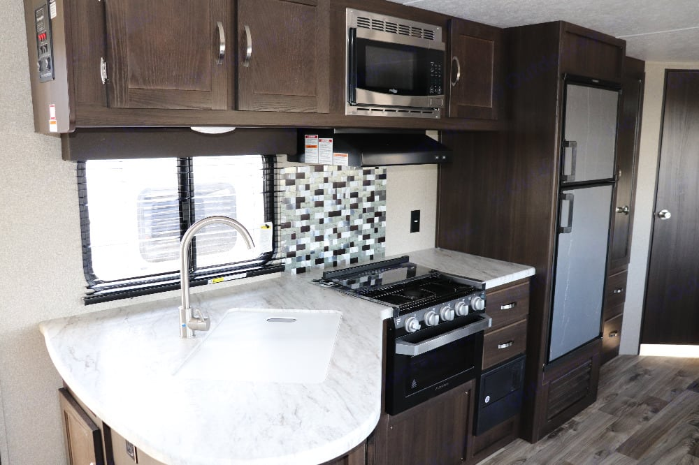 Kitchen. Keystone Springdale 2020