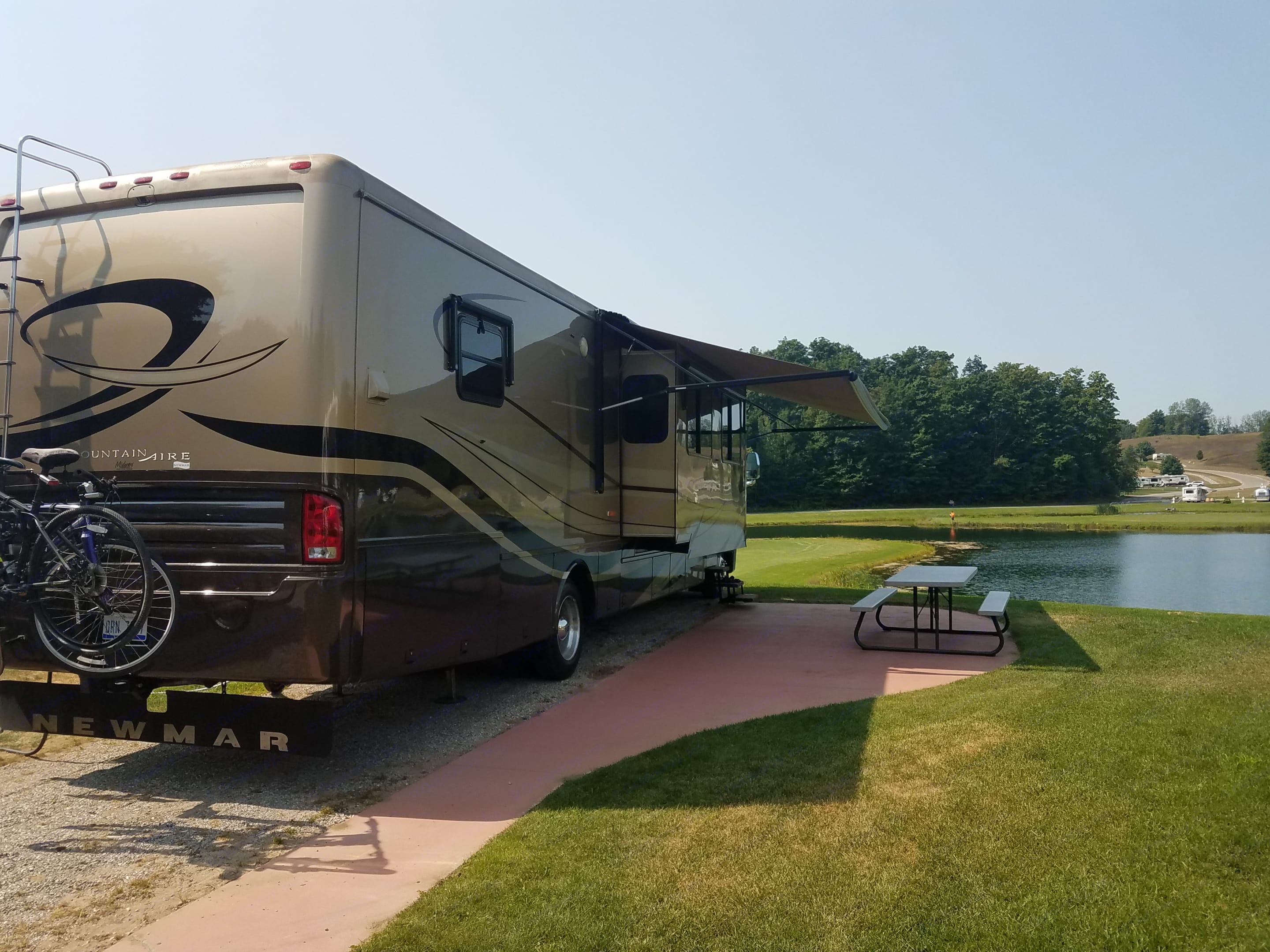 Ask about set up at some very popular sites in West and Northern Michigan including Grand Haven and Leland County. Newmar Mountain Aire 2007