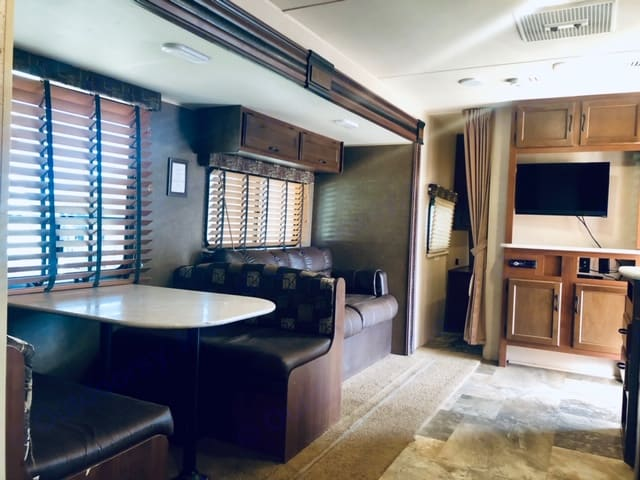 Main living area.  Very spacious and clean!. Jayco Jay Flight 2015