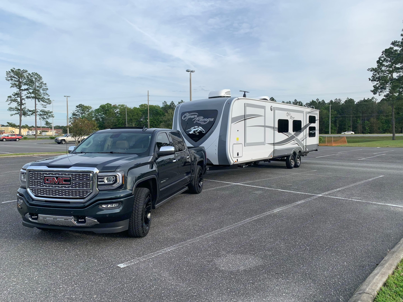 4 slides on this beauty of a camper.  Outside Kitchen plenty of space. . Open Range Open Range 2019