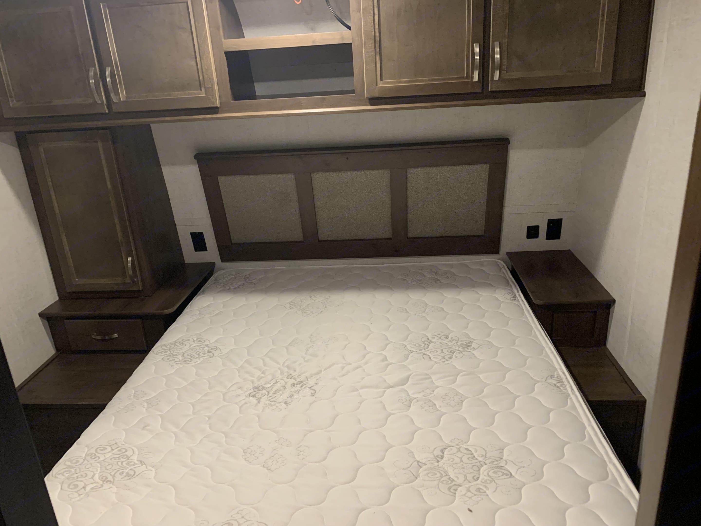 Master Queen size bed. . Open Range Open Range 2019