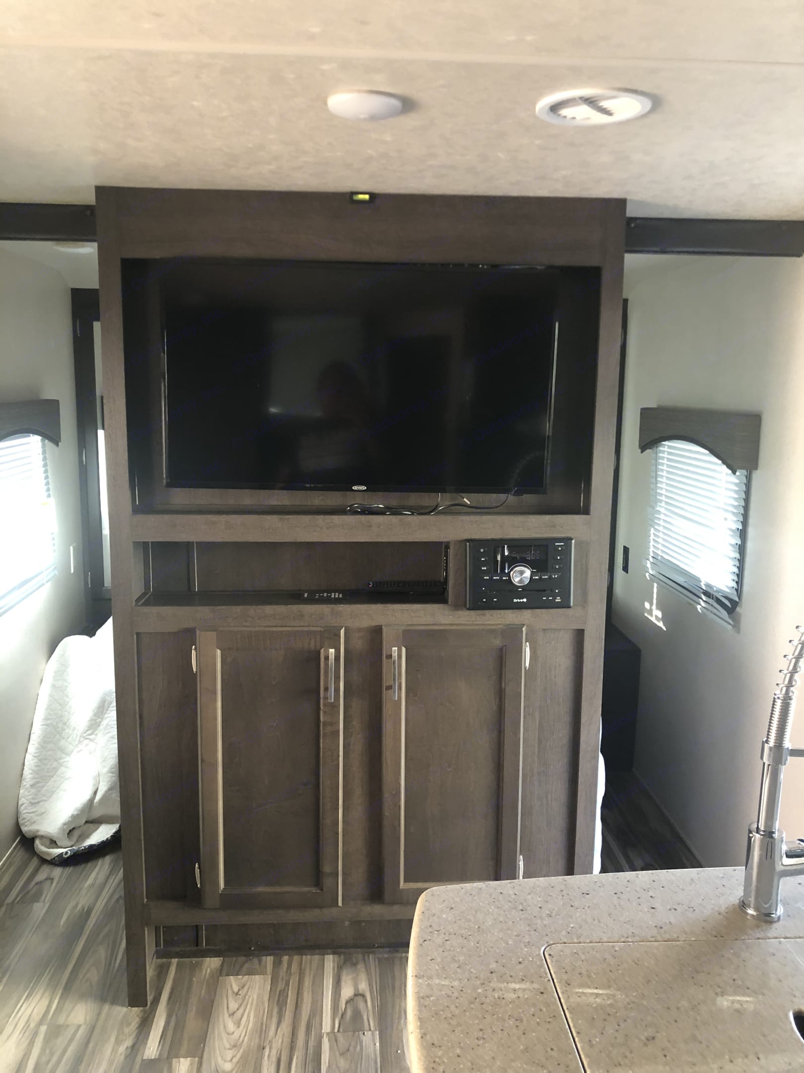 Flat tv. Forest River Evo 2018