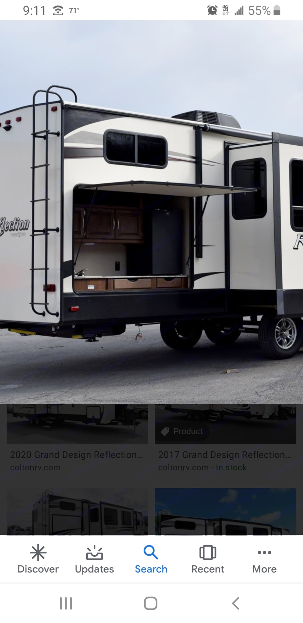 Outdoor kitchen with fridge. Grand Design Reflection 2019