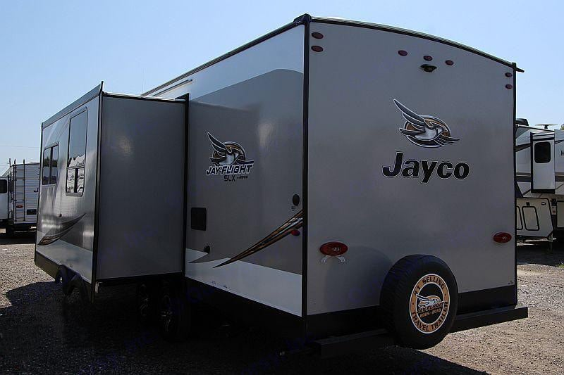 Exterior pull out that provides extra living space. Jayco Jay Flight 2020
