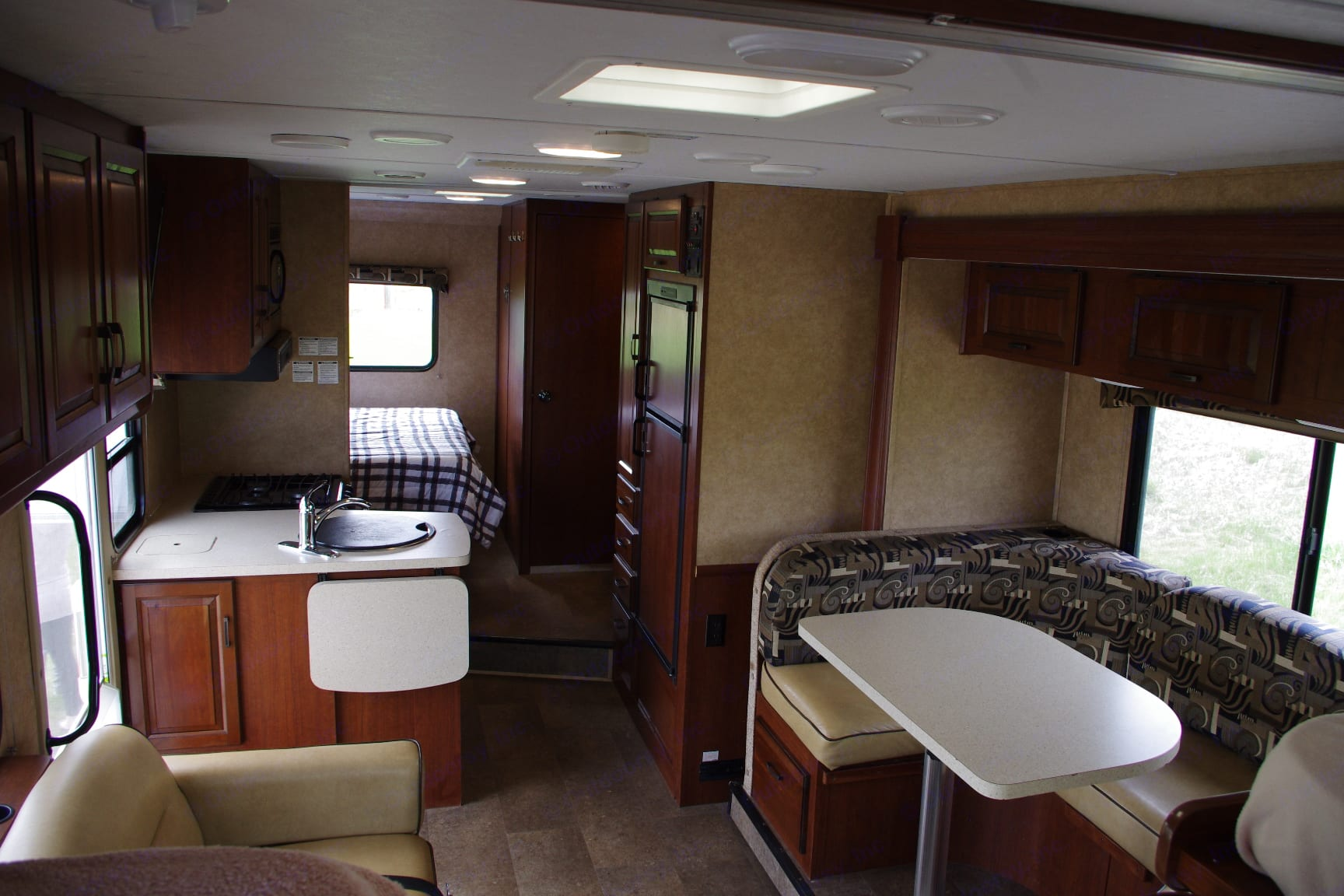 Everything you need. Forest River Sunseeker 2015