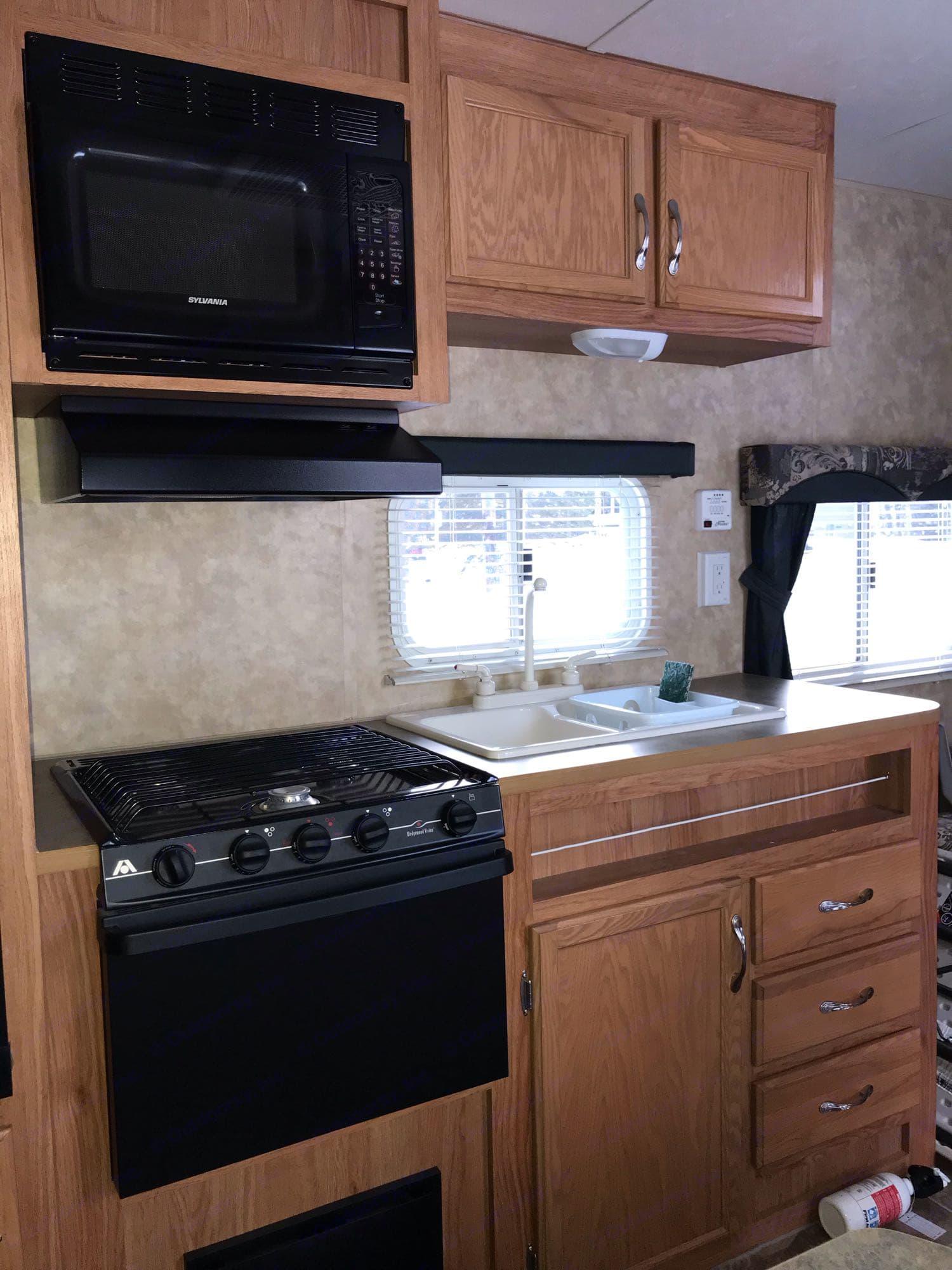 Kitchen. Jayco Jay Flight 2007