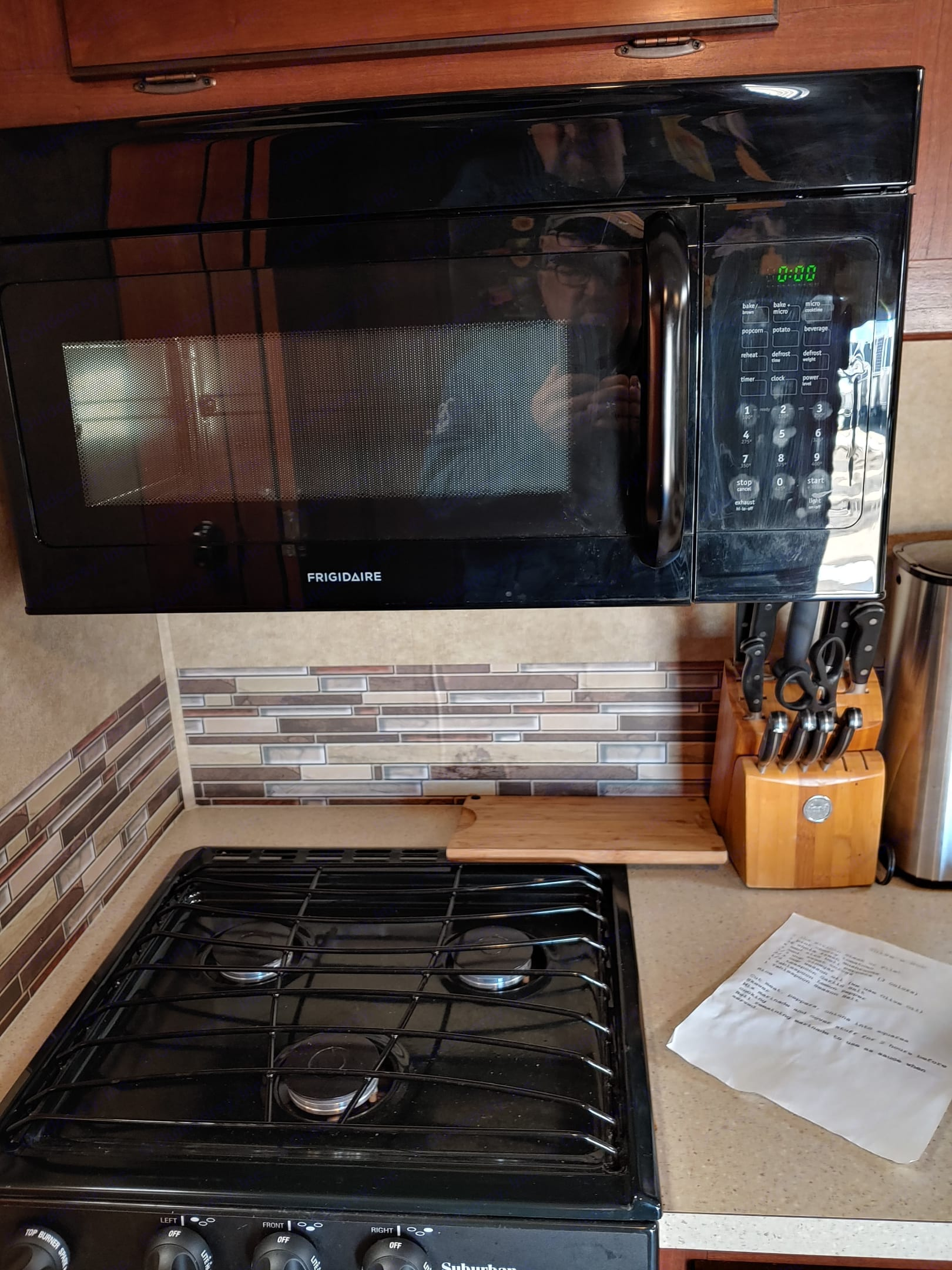 Has convection microwave/oven. Three burner stove.. Forest River Sunseeker 2014