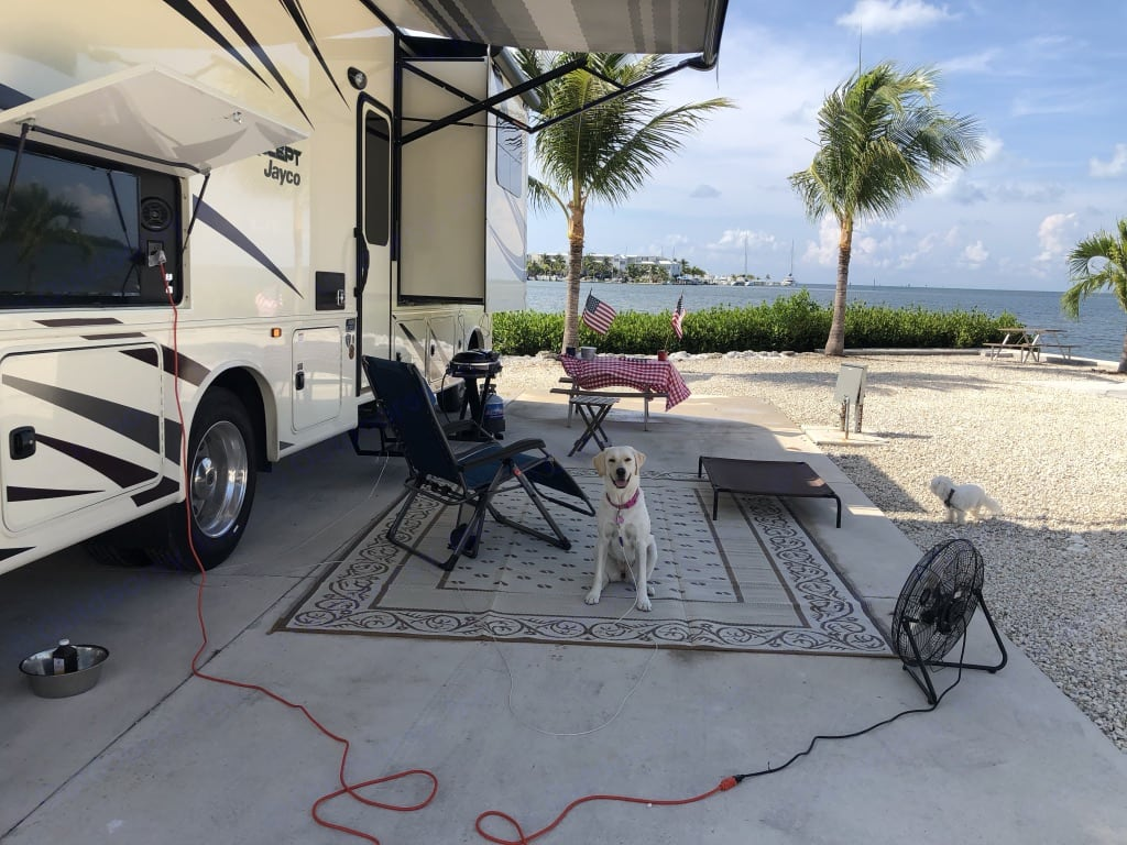 Outdoor entertainment center and 17' awning.. Jayco Precept 2019