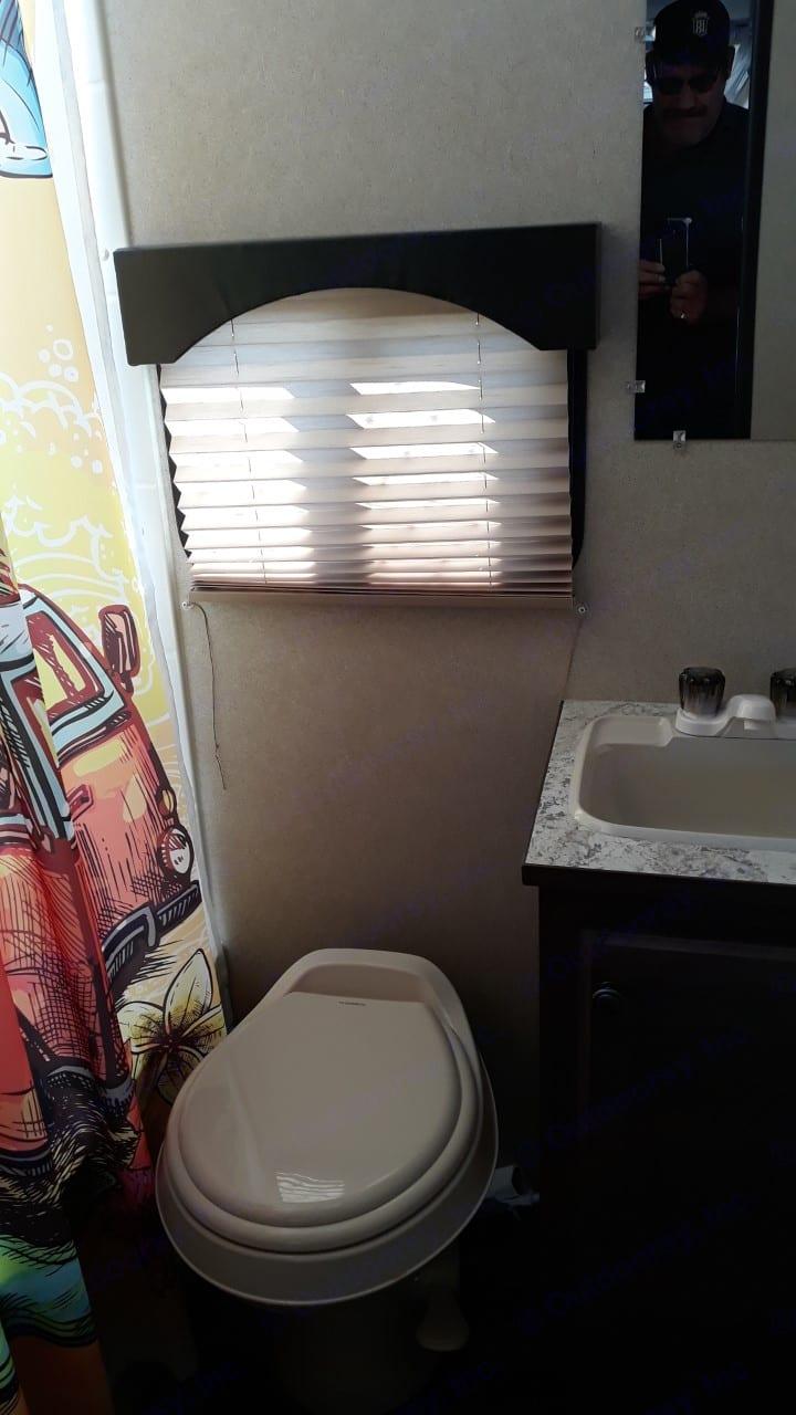 bathroom. Sun Lite Sun-Lite 2020
