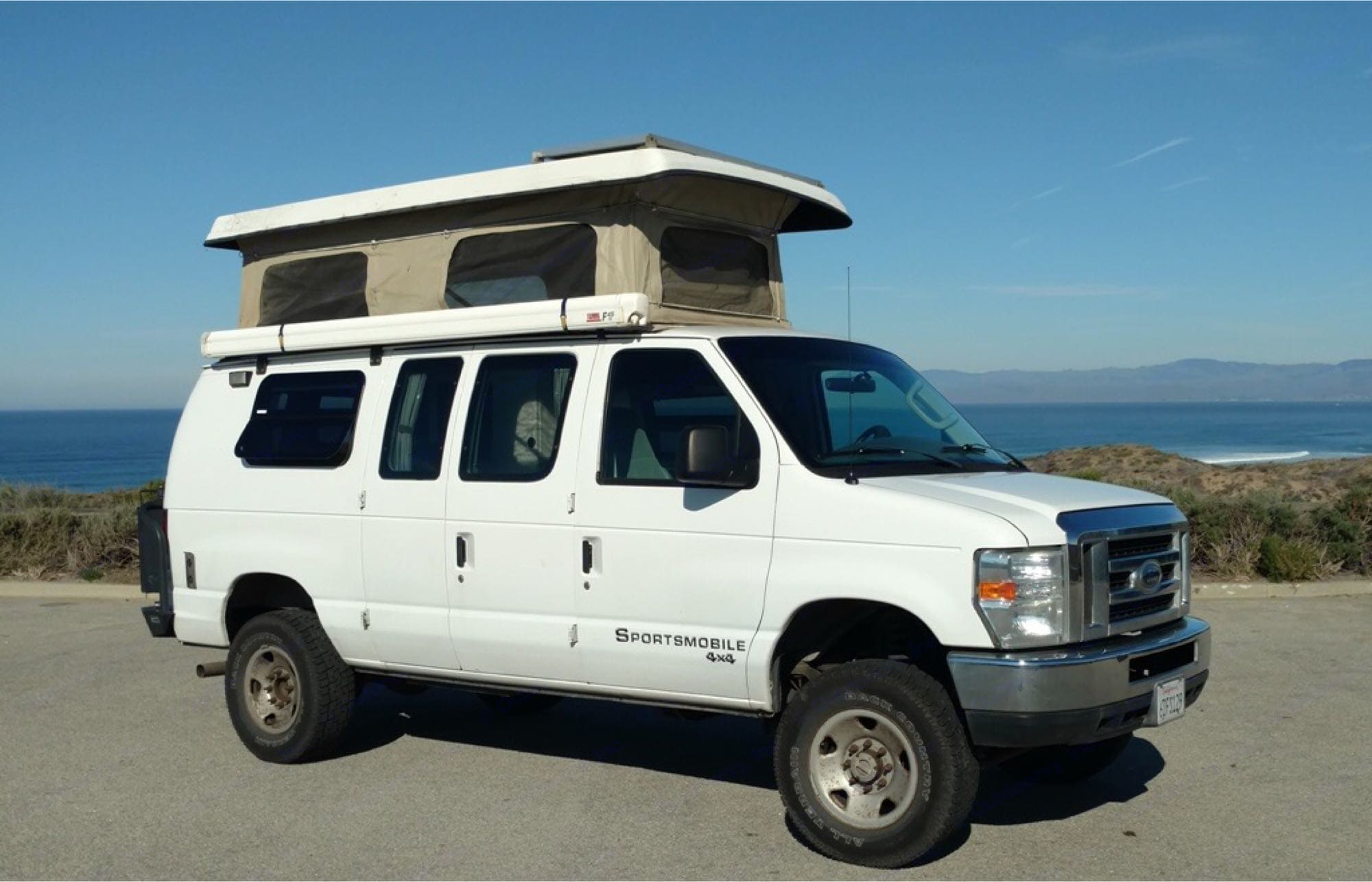 Go stealth or pop-up, it's up to you! Penthouse roof offers un-zippable windows to create a perfect cross breeze and view.. Sportsmobile E250 Hd Regular Length 2008
