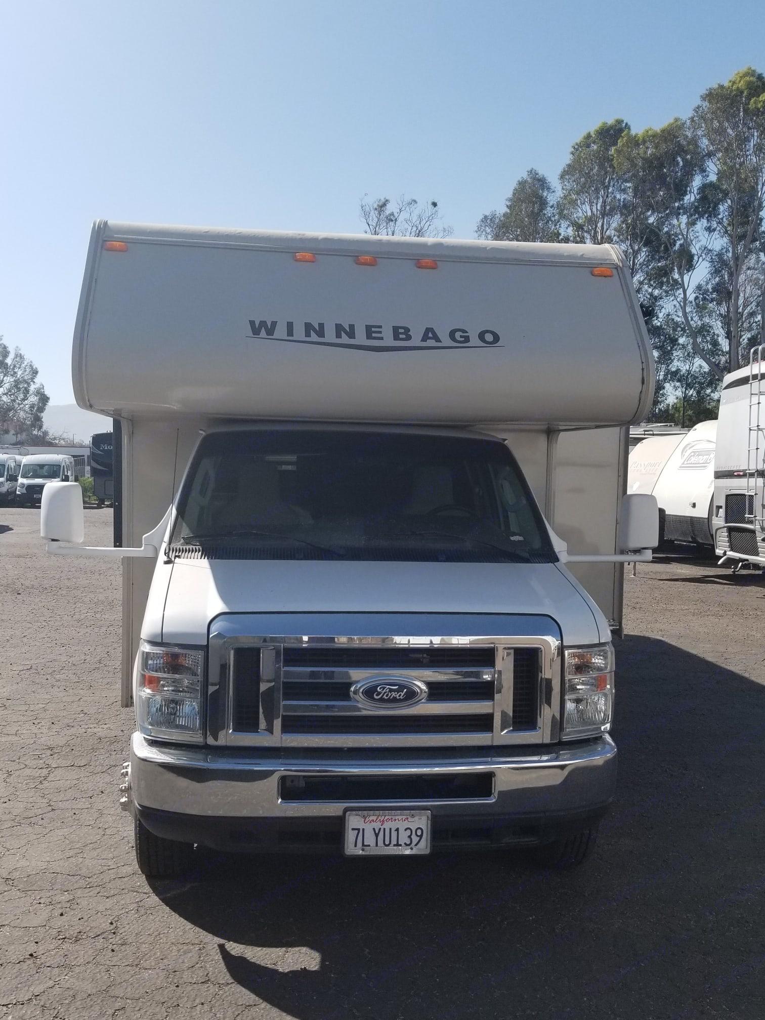 Winnebago Micro Minnie 2015