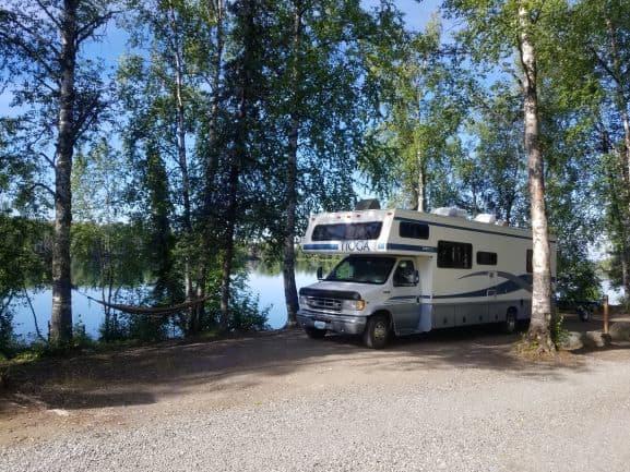 Lakeside Shade. Coachmen 260QB 2013
