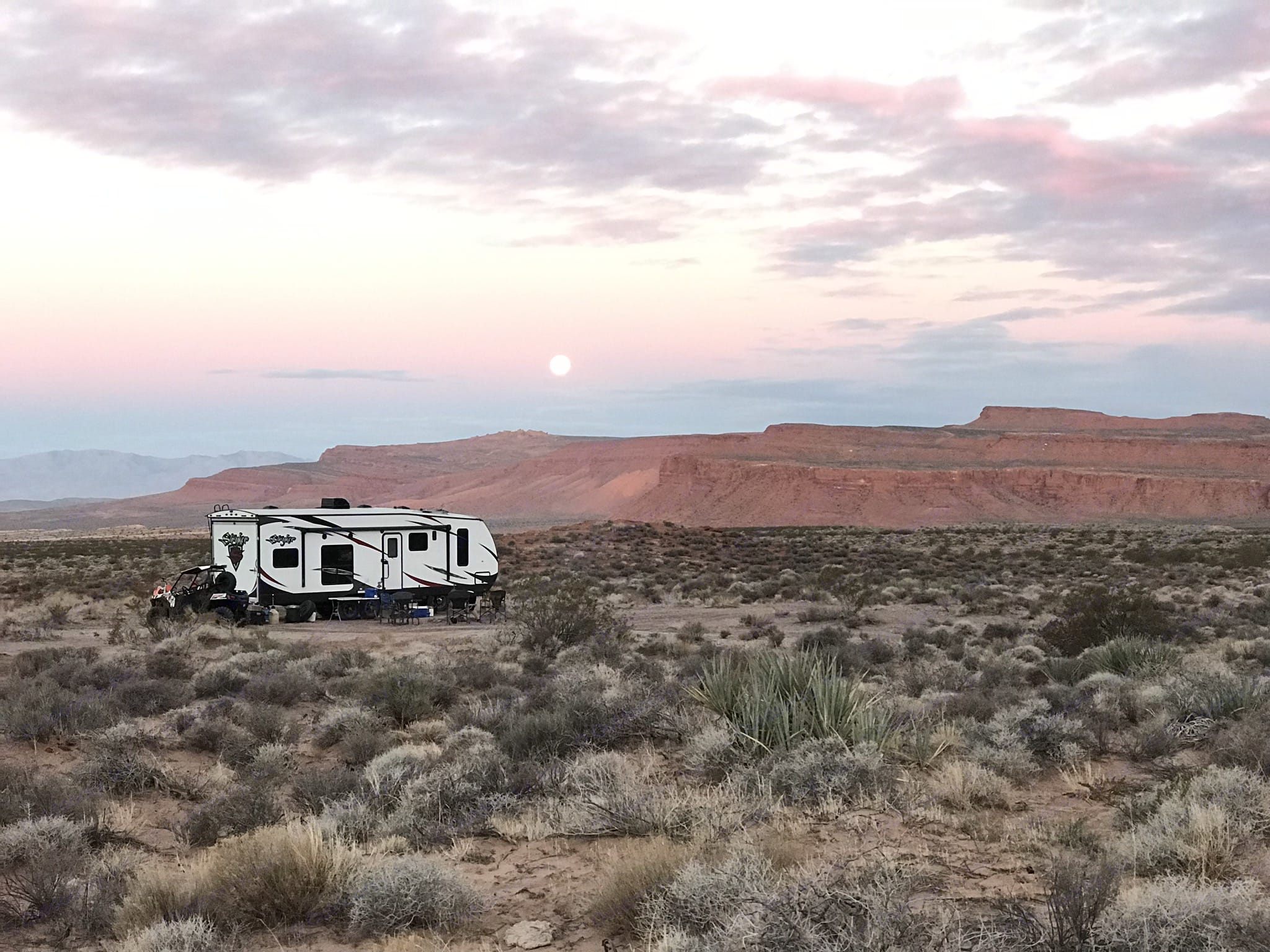 Enjoy the solitude of being off the grid in the desert. Cruiser Rv Corp Stryker 2016