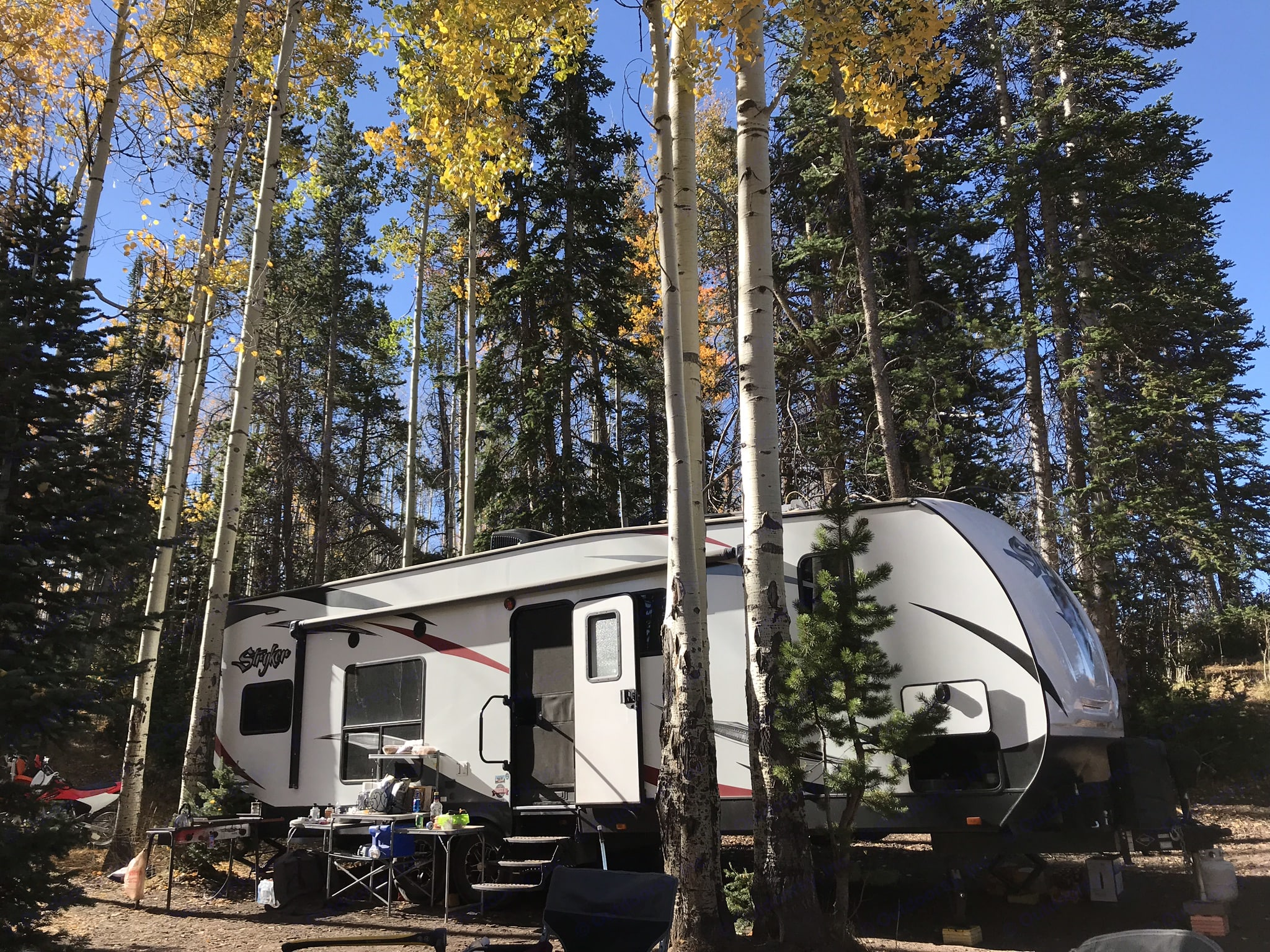 Go completely off the grid in the mountains. Cruiser Rv Corp Stryker 2016
