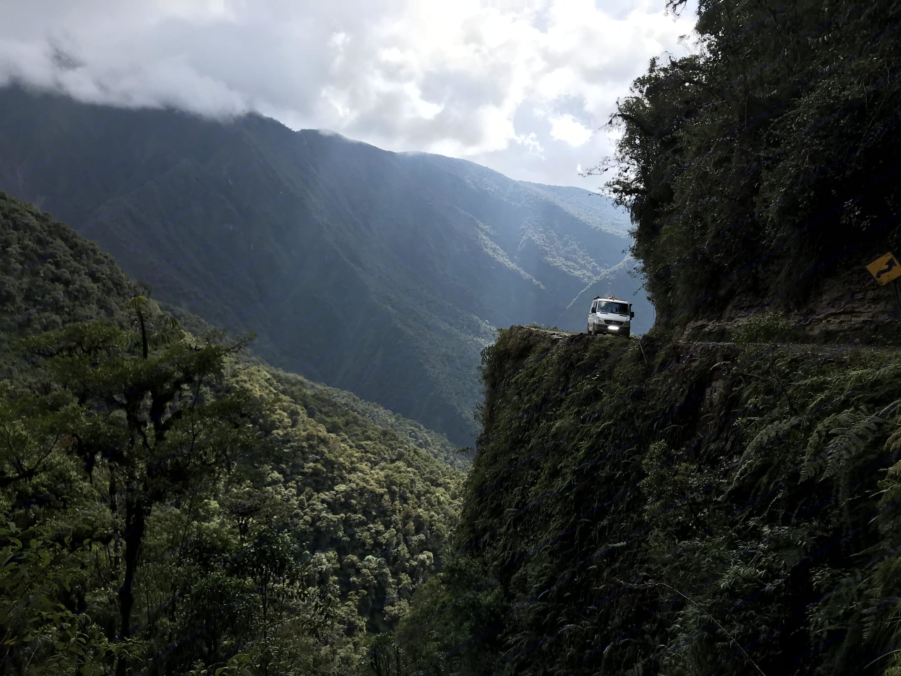 Driving the Bolivian Death Road...honestly the 405 is scarier.. Mercedes-Benz Sprinter 2007