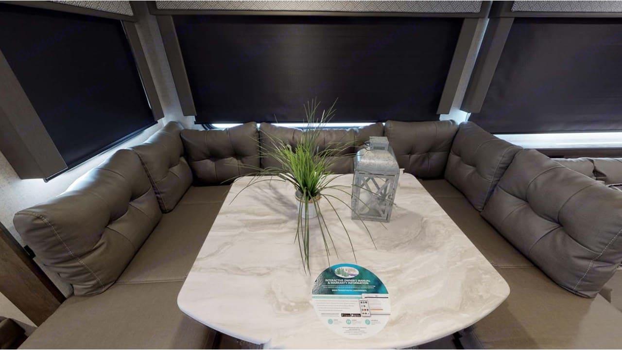 Large U-Shaped Dining Table/Bed. Forest River Salem Cruise Lite 2020