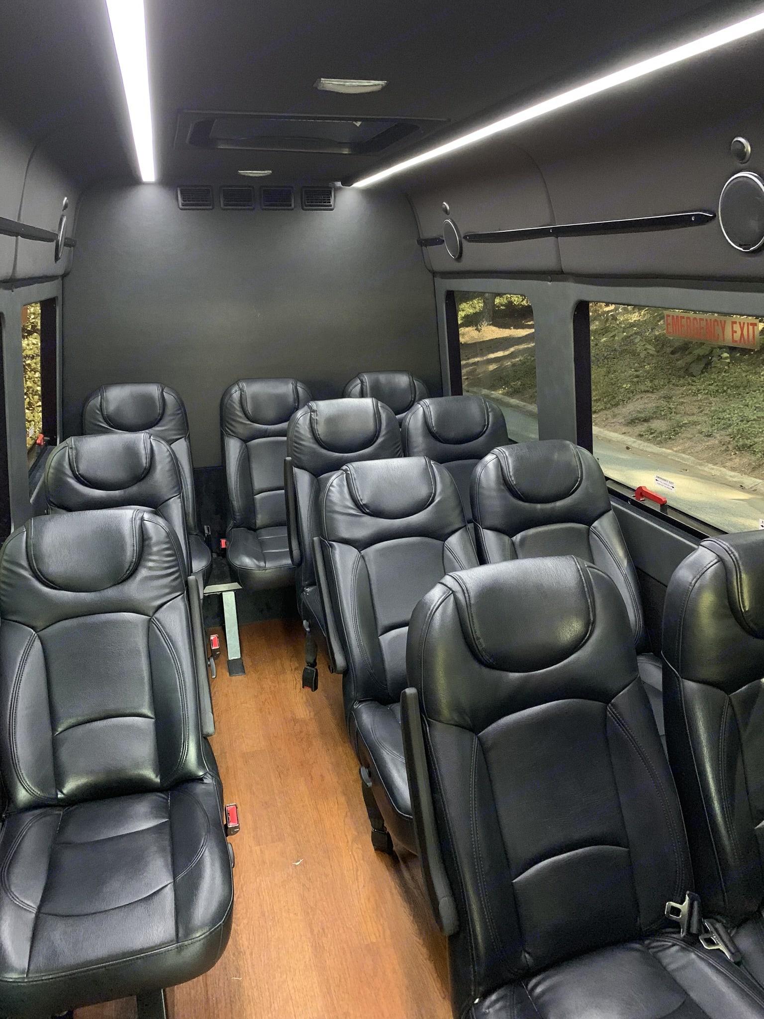 Mercedes Sprinter Van 3500 2015