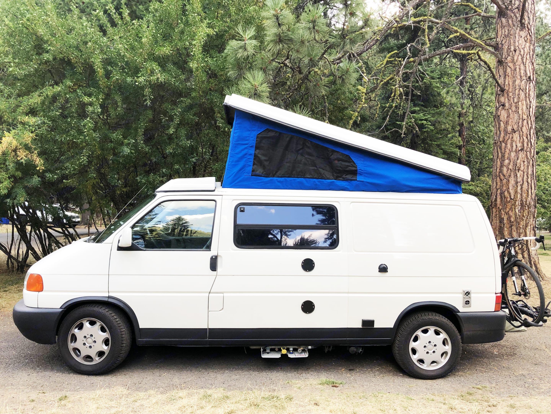 Pop the top for added head room or sleeping space.. Volkswagen Eurovan Camper 1997