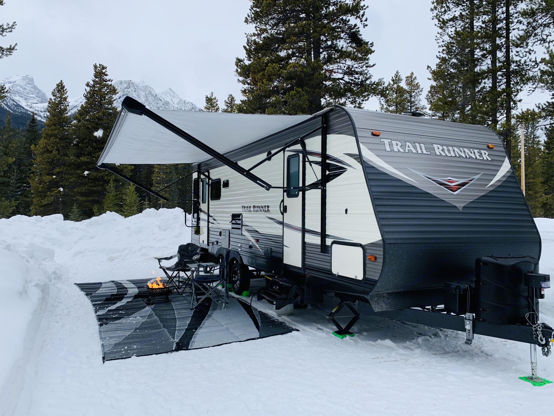 Winter camping Lake Louise, Alberta.. Heartland Trail Runner 2019