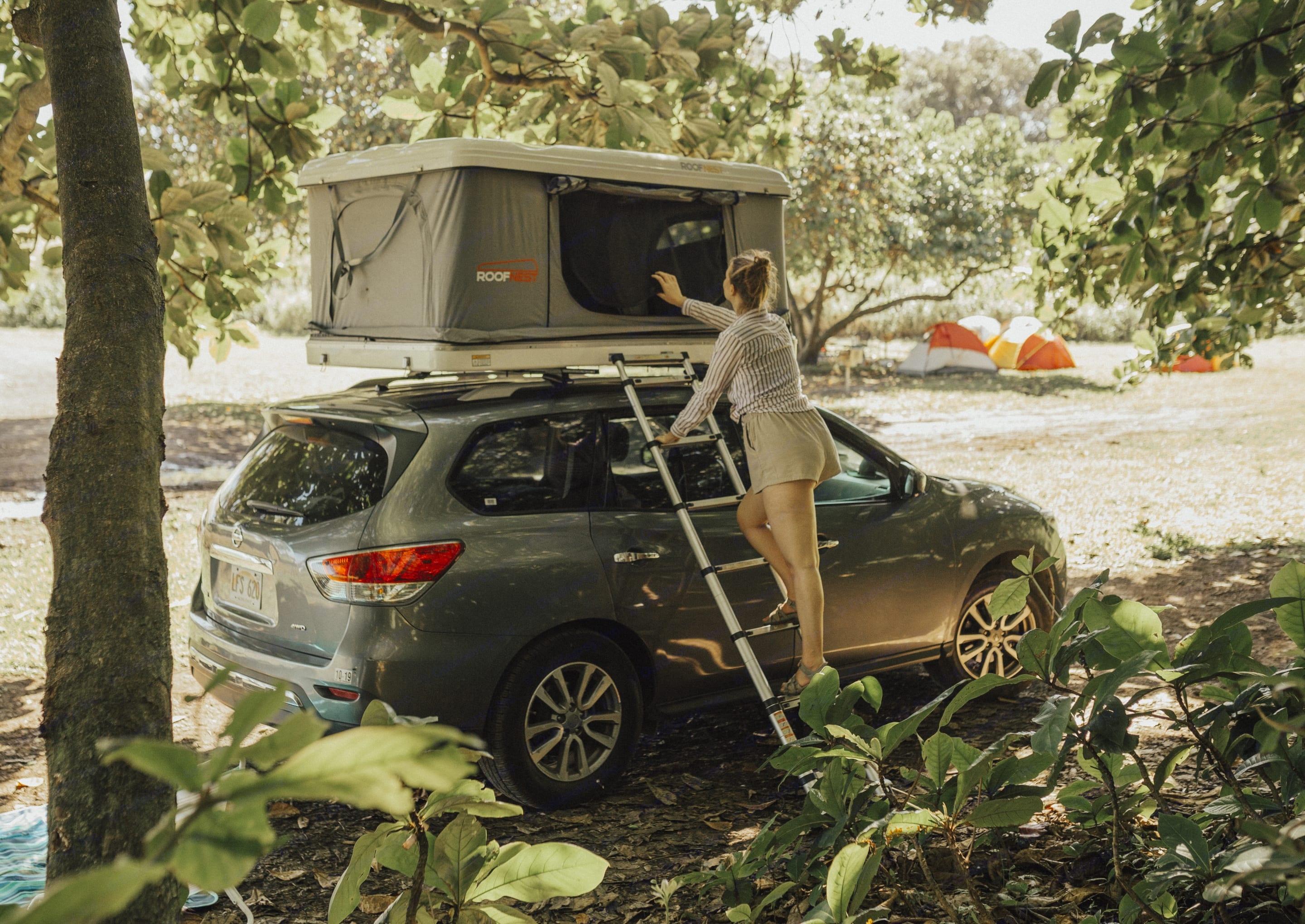 Easy access to roof top tent.. Nissan Pathfinder 2016