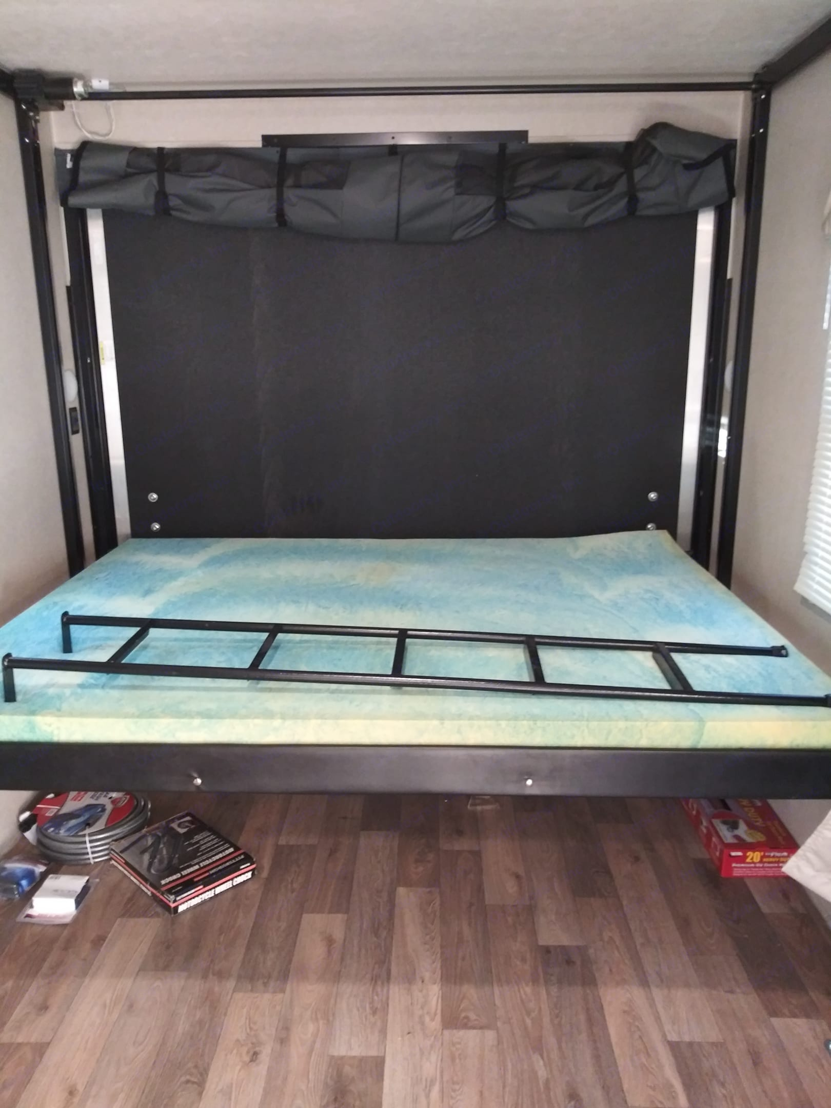 Power bed can be used without a ladder or set so it can be used with bikes in trailer ladder required. Forest River Puma 2019